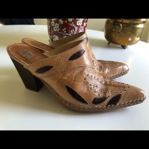 FEYE leather mules size 7, 3.5 inch